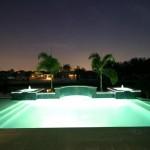 Accesorios básicos de piscina anochecer